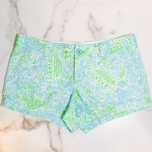 Lilly Pulitzer Shorts - Lilly Pulitzer Walsh Shorts in Get Crackin print